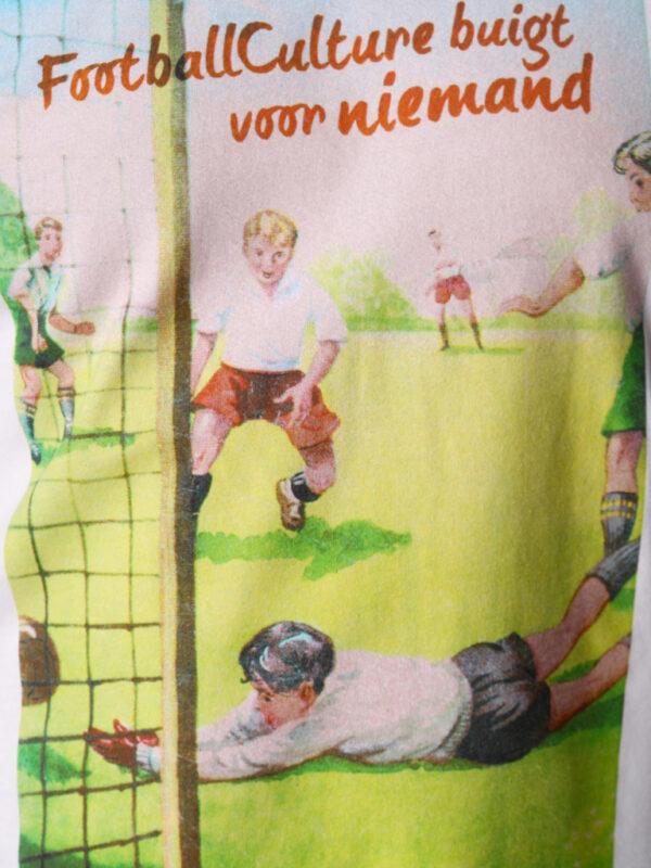 FC 120503 Jongensboek Gift 2