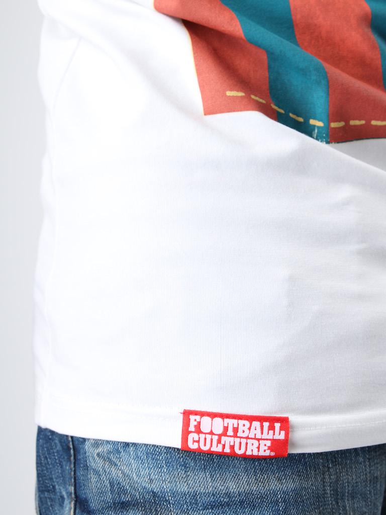 FC 140312 Messi stretch 5 logo